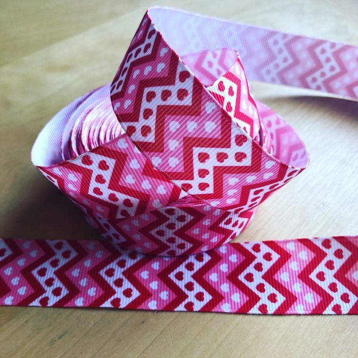 ❤️❤️ Love heart & zigzag red & white grosgrain ribbon. 65p per metre (+ postage) ❤️❤️ www.facebook.com/MrsBellesB #ribbon #hearts #grosgrainribbon #sewing #crafts #handmade