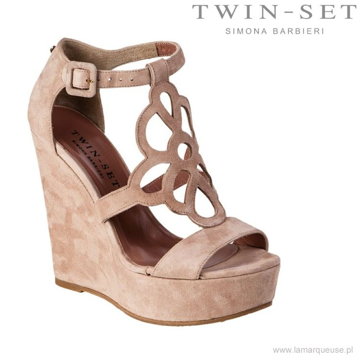 Koturny Twin-Set, pudrowy róż ...: #koturny #sandalki #TwinSet #trends #trendy #LaMarqueuse #shoes:...