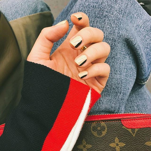 """The neutral beige and slim black color block of """"Prelude"""" appliqués are perfect anytime you need a clean, minimal nail art look! (📸: @stephaniernc) #incoco #nailart #minimalnails #edgynails #beigenails"""