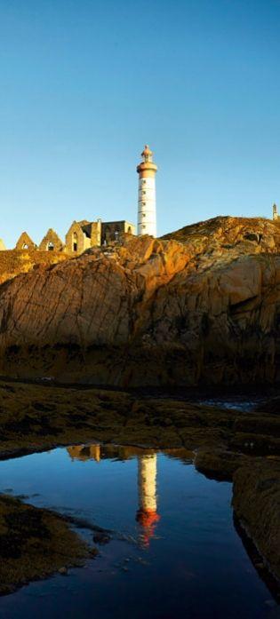 Magnifique la côte et phare à visiter.
