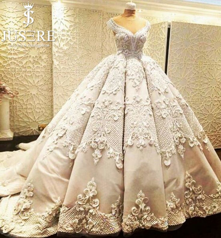 Luxury Wedding Dresses: 25+ Best Ideas About Puffy Wedding Dresses On Pinterest