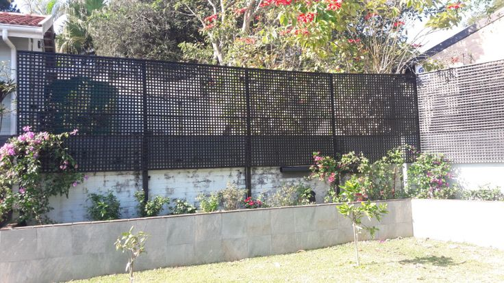 We supply all kinds trellis for fencing or screening.Standard size - 1800 x 1800 - R700 per panelSmaller size - 1800 x 900 - R550 per panelWe can offer custom sizes aswell so if you have any ideas of a size you may need please contact me and we can arrange to have them specially made. We offer delivery and installation. They are available in White, green, brown and blackPlease PM or call 084 797 2901 / 082 920 7379 with any further queriesor email - sleagas@gmail.com