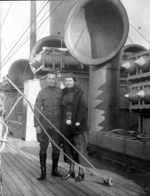Page 1 :: Mark Moody and Mrs. Houlding aboard the Empress of Japan :: Pacific Rim Archive. http://digitallibrary.usc.edu/cdm/ref/collection/p15799coll46/id/277
