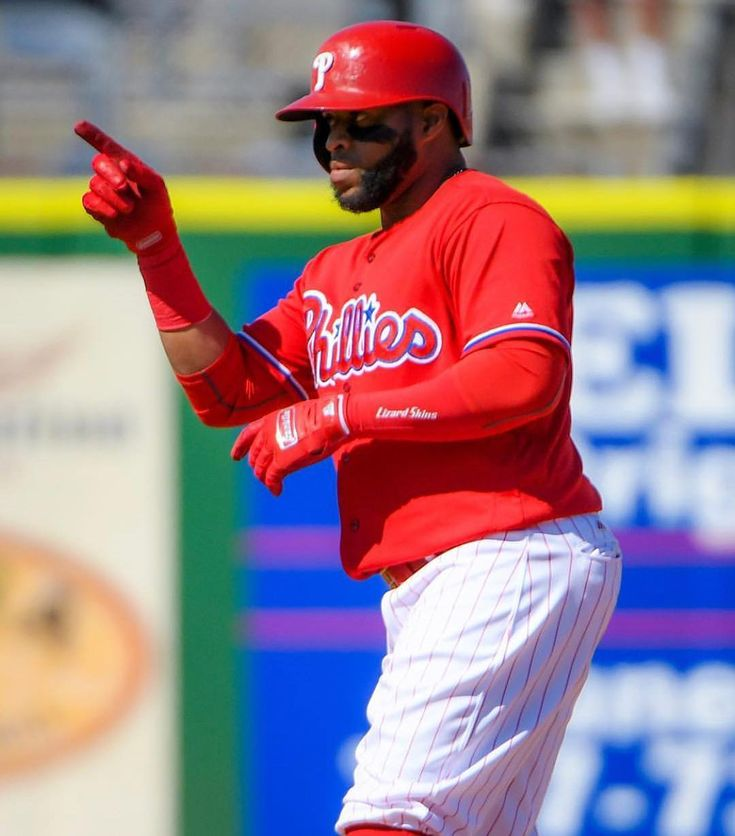 The Phils lost todays Spring Training game against the Pirates 5-4. Jerad Eickhoff allowed 4 ERs in 3.1 IP. Jake Thompson threw 3 innings allowing 2 hits and getting 2 SOs. At the plate Rhys Hoskins hit an RBI double and ended the day with 2 RBIs. Tomorrows game is at 1:05 vs the Rays. . . . #MLB #MiLB #Baseball #BaseballSeason #Phillies #philadelphia #philadelphiaphillies #Pirates #Pittsburgh #JeradEickhoff #JakeThompson #RhysHoskins