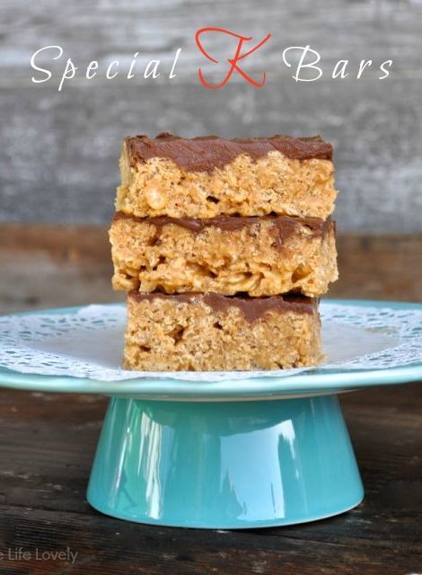 Special K Bars Reciope •1 cup sugar •1 cup corn syrup •1 cup peanut butter •6 cups Kellogs Special K cereal •6 oz. chocolate chips •6 oz. butterscotch chips   Stir the sugar and corn syrup together in a pot until the mixture boils.  Remove from heat. Stir