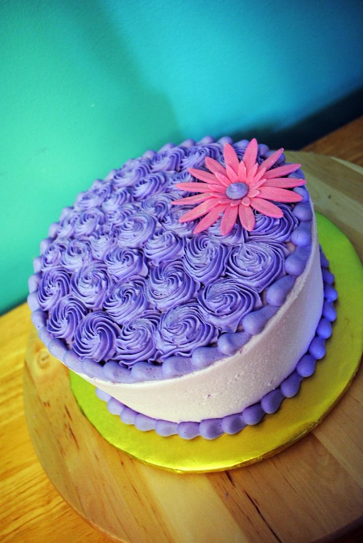 Purple buttercream cake beautiful cakes pinterest - Purple cake decorating ideas ...