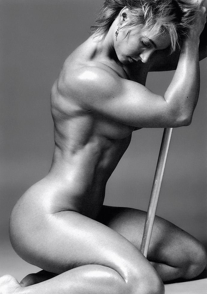 Muscle & Sexiness   www.shehulkfitness.net/pin