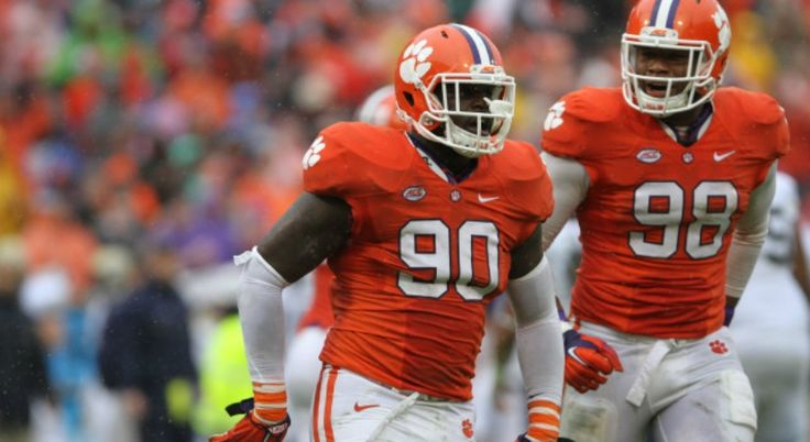 #CollegeFootball Playoff:  Comparing Clemson's Current Roster to its 2015 Runner-Up Team http://herosports.com/news/college-football-playoff-comparing-clemson-current-roster-2015-runner-up-team