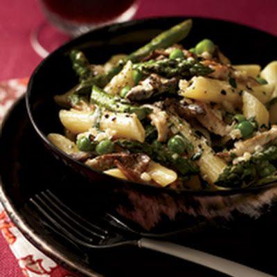 Penne with Asparagus, Peas, Mushrooms and Cream Recipe - Key ...