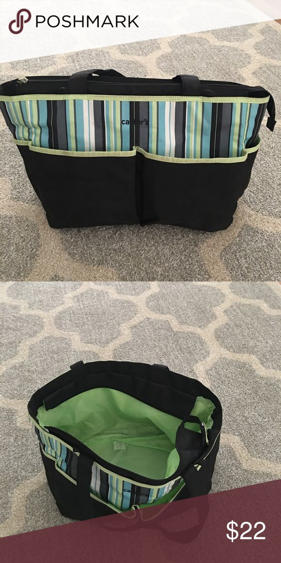 Great condition Carter's large diaper bag! Gender neutral! Great diaper bag with lots of storage space. No rips or stains! Smoke free pet free home! Carter's Bags Baby Bags
