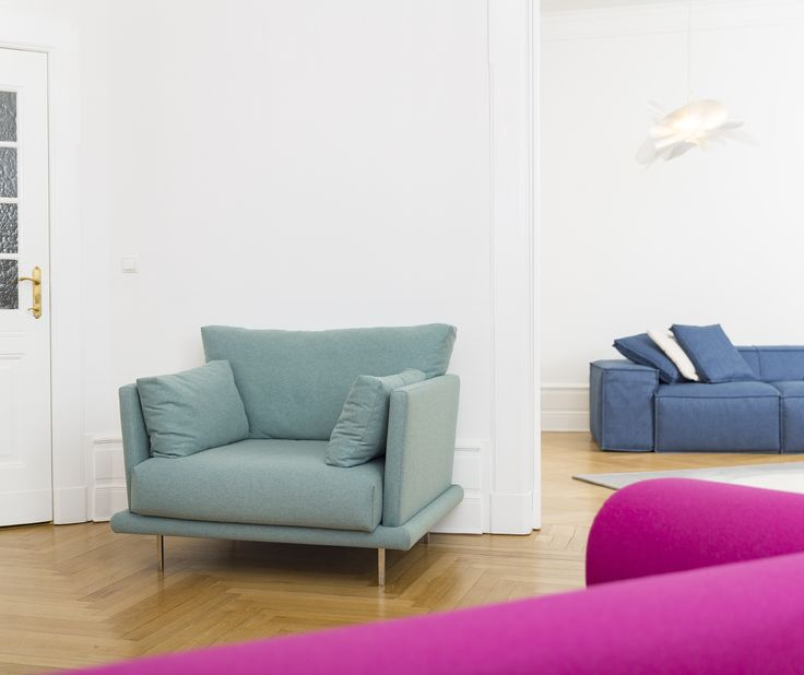 Villa Armchair / Soho 3-Seater Sofa Armchair in Light Green Wool Sofa in Navy Blue API Light: Etoile / Slamp