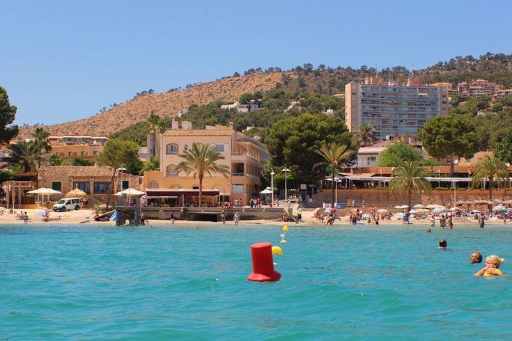 Mit dem Jetboot in der Bucht von Paguera - Mallorca turquisgrünes Wasser strahlender Sonnenschein