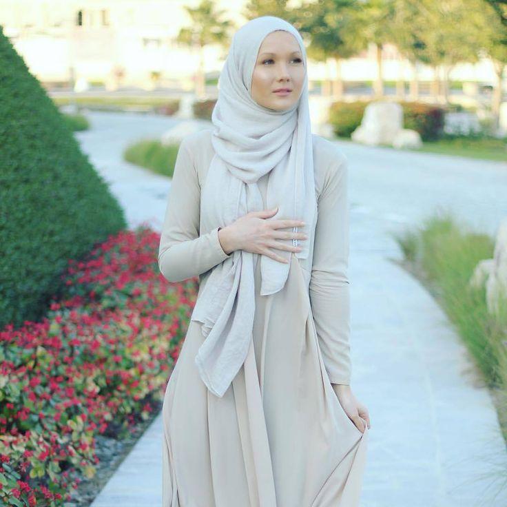 "1,742 Likes, 4 Comments - Hijab Fashion Inspiration (@hijab_fashioninspiration) on Instagram: ""@eslimah"""
