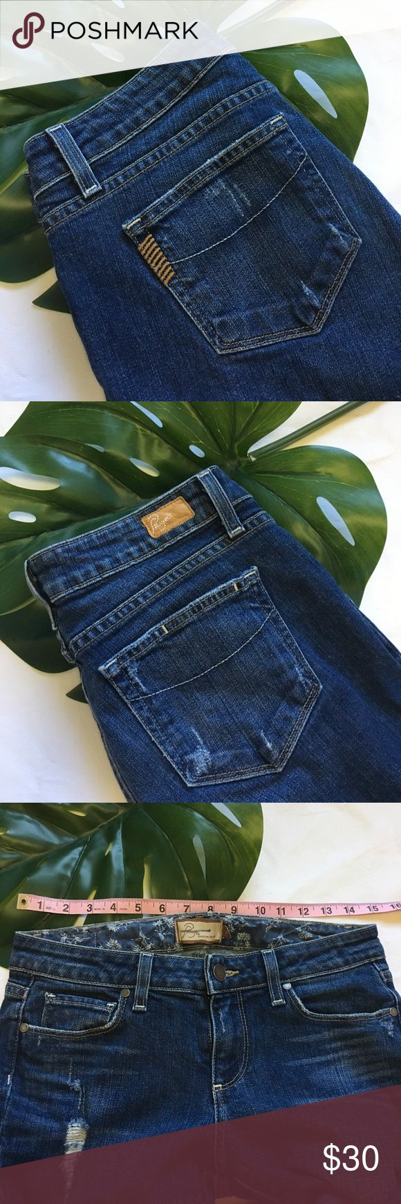 """Paige •Hollywood Hills• Classic rise boot cut. **Please note** The tag says size """"27"""", it was mislabeled! These jeans are a size 29 as listed. They have also been hemmed and the length is 29""""! If this works with you're measurements you're one lucky lady! Light wear around the cuffs, otherwise great used condition. Please ask any questions if interested, As always I am open to offers! Paige Jeans Jeans"""