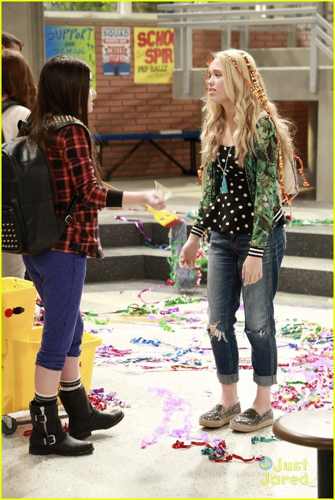 best friends whenever pilot episode stills 05