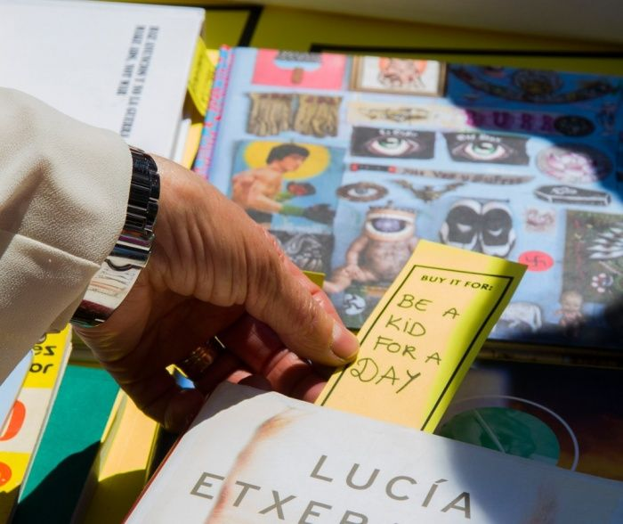 Ten ways to buy books without money