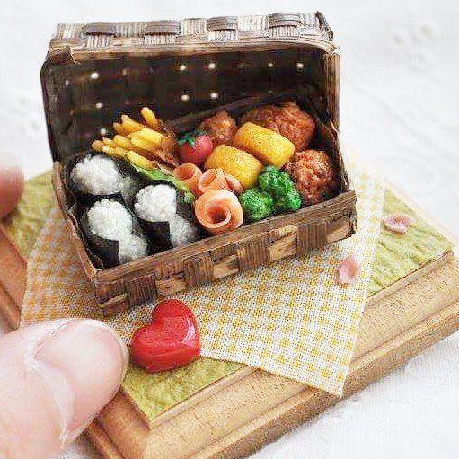 いいね!389件、コメント1件 ― miniature foodさん(@miniaturefood_associationjapan)のInstagramアカウント: 「本日も伊勢丹新宿5階パーソナルルームにて限定ショップオープン中! こちらの武田恵美のお弁当も販売中です。 だんだんと商品数が少なくなってきておりますのでお早めに✨…」