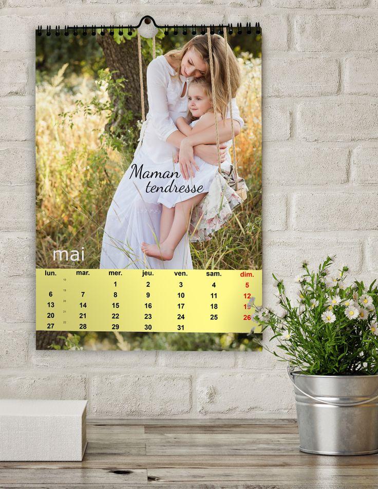 Un cadeau original pour votre maman calendrier personnalisé avec les plus belles photos souvenirs de votre mère et vous. Vous pouvez commencer le calendrier avec le mois de votre choix http://www.picthema.fr/calendriers-c2.php [http://www.picthema.fr/calendriers-c2.php_green] #cadeau #calendrier #photo #mère #fête #idée #original