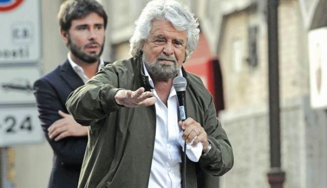 Εγκαταλείπει το κόμμα του και την πολιτική ο 69χρονος ηθοποιός πριν τις βουλευτικές εκλογές στην Ιταλία