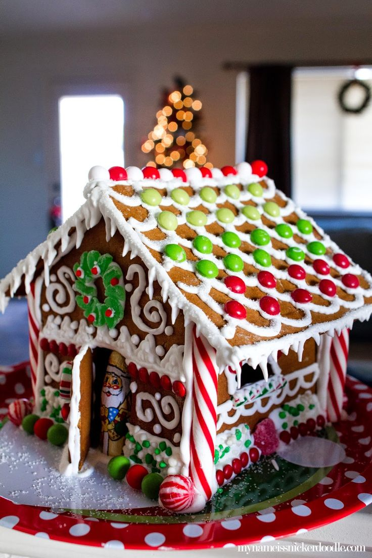 Christmas gingerbread house with an ombre candy roof.  Other great tips, too!  |  My Name Is Snickerdoodle