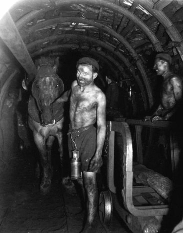 Mines de Lens 1945 - R. Doisneau