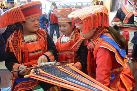 osCurve Magico: Enciclopedia de la cultura china:El código de vest...