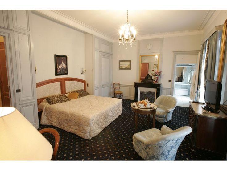 Hotel Champlain - La Rochelle #france #tourisme #voyage