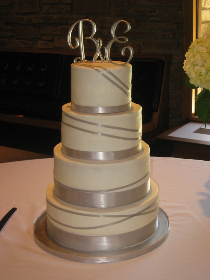 top tier wedding cakes 39 best images about cakes on ribbon cake 21077