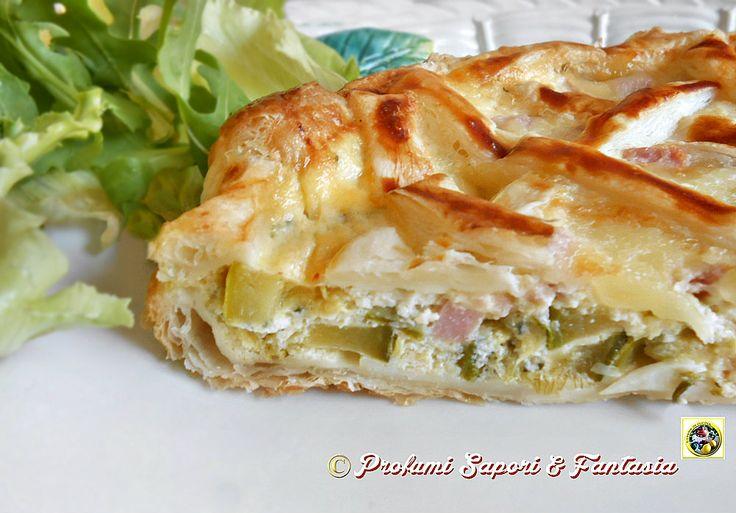 Torta salata di pasta sfoglia zucchine e ricotta, ottima come piatto unico accompagnata da verdure crude o cotte. Ideale a pranzo o a cena è sempre gradita.