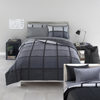Guys dorm bed set in x long twin. College dorm XL bedding set.