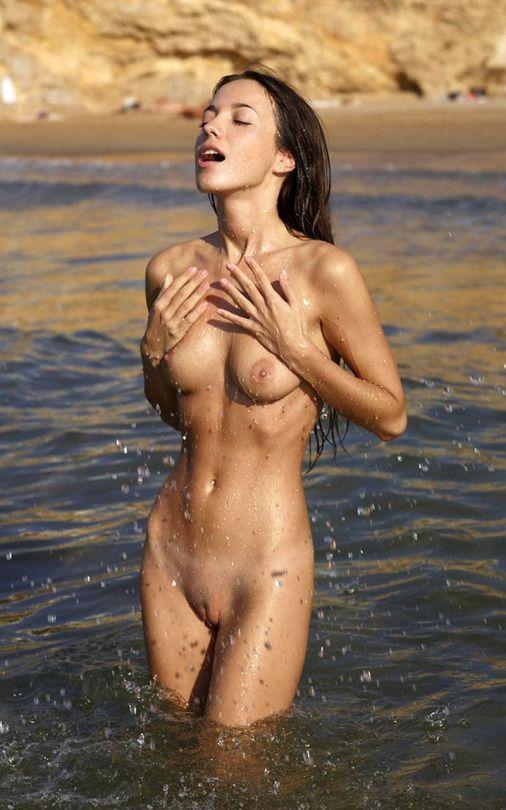 black girls showing naked boobs