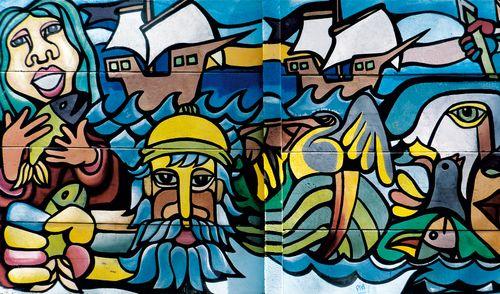 brigada ramona parra   Mural ubicado frente a la casa de Pablo Neruda, Recoleta
