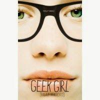 """Recensie van Miriam over """"Geek girl (knap anders!) (Geek girl 1) van Holly Smale   Gottmer 2013 (1e druk), 304 bladzijden   Nerdy Harriet is door haar betweterige gedrag niet zo geliefd bij haar klasgenoten. Dan wordt ze tot haar eigen verbazing gescout als model, de grote kans om populair te worden.   http://www.ikvindlezenleuk.nl/2014/06/holly-smale-geek-girl-knap-anders-geek.html"""