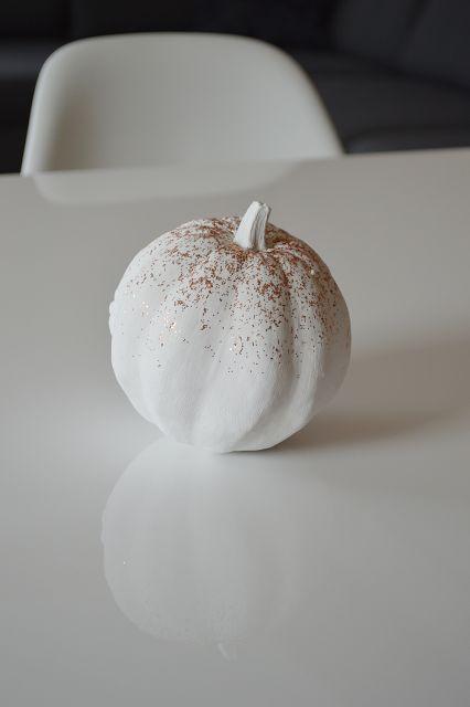 Pumpkin, fall, DIY, autumn, glitter, white, idea