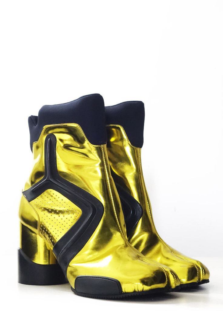 MAISON MARTIN MARGIELA. PARIS. Neon Yellow Techno Tabi Boots