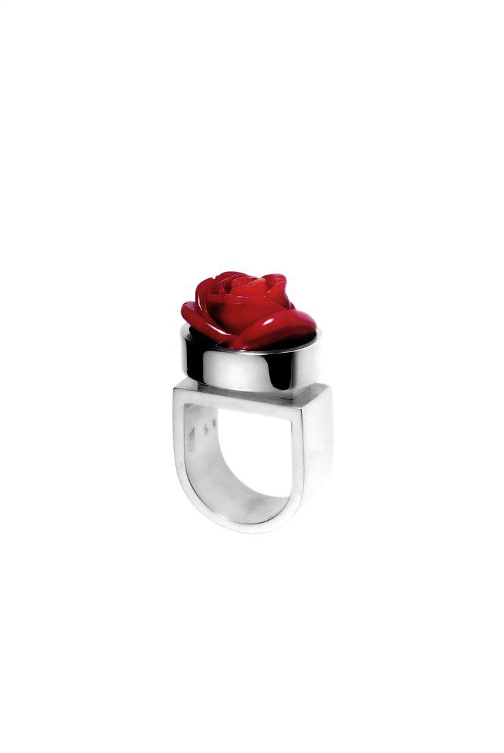 Ring:silver, coral www.gaalgyongyver.hu