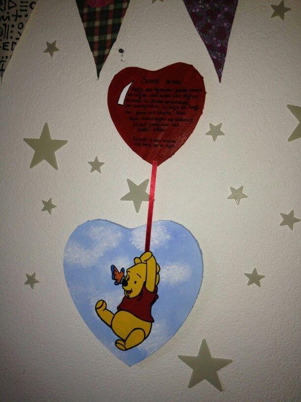 "Op canvas geschilderde Winnie The Pooh gelinkt aan ""ballon"" met tekst betekenis van naam (Sanne=lelie) Voor in kinderkamer"