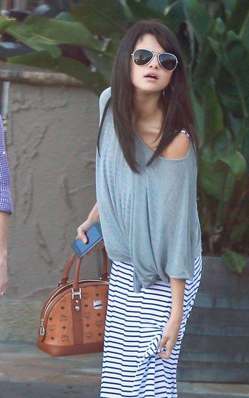 Selena Gomez. beachy outfit.