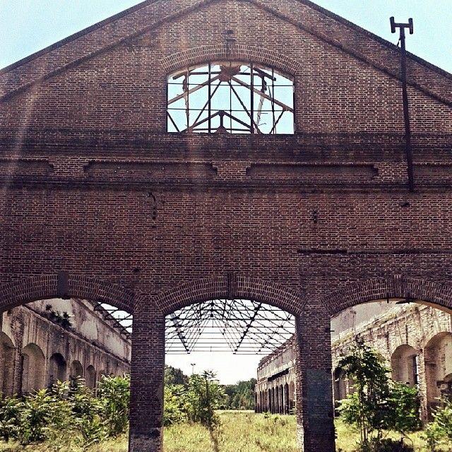 Viejo galpón del Ferrocarril #bahiablanca #arquitectura #argentina #siglo20