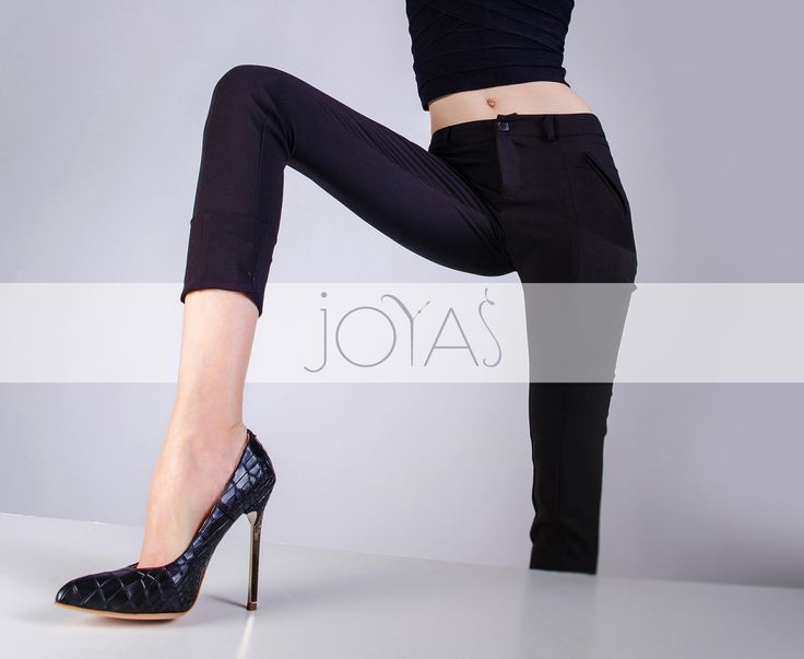 Black Keira stilettos with croco effect, foar a stunning appearance @jo