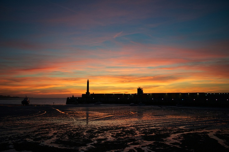 Margate Harbour Arm Sunset .jpg   Rebecca Douglas Photography