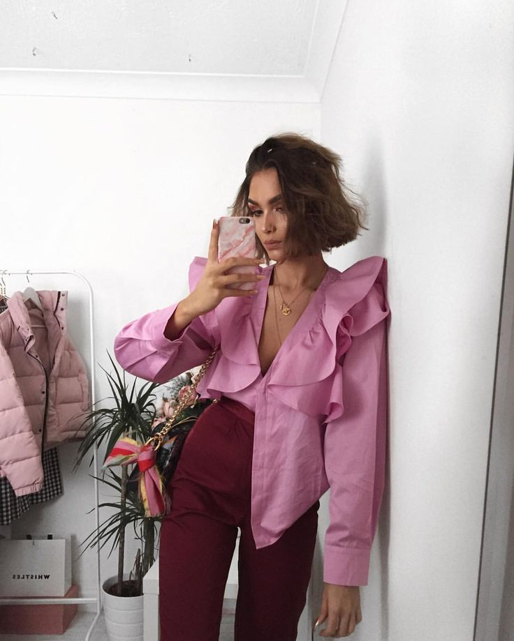 "7,706 likerklikk, 74 kommentarer – Alicia Roddy (@lissyroddyy) på Instagram: ""My favourite colour combo for Spring  if you didn't already see Boohoo have £200 in vouchers to…"""