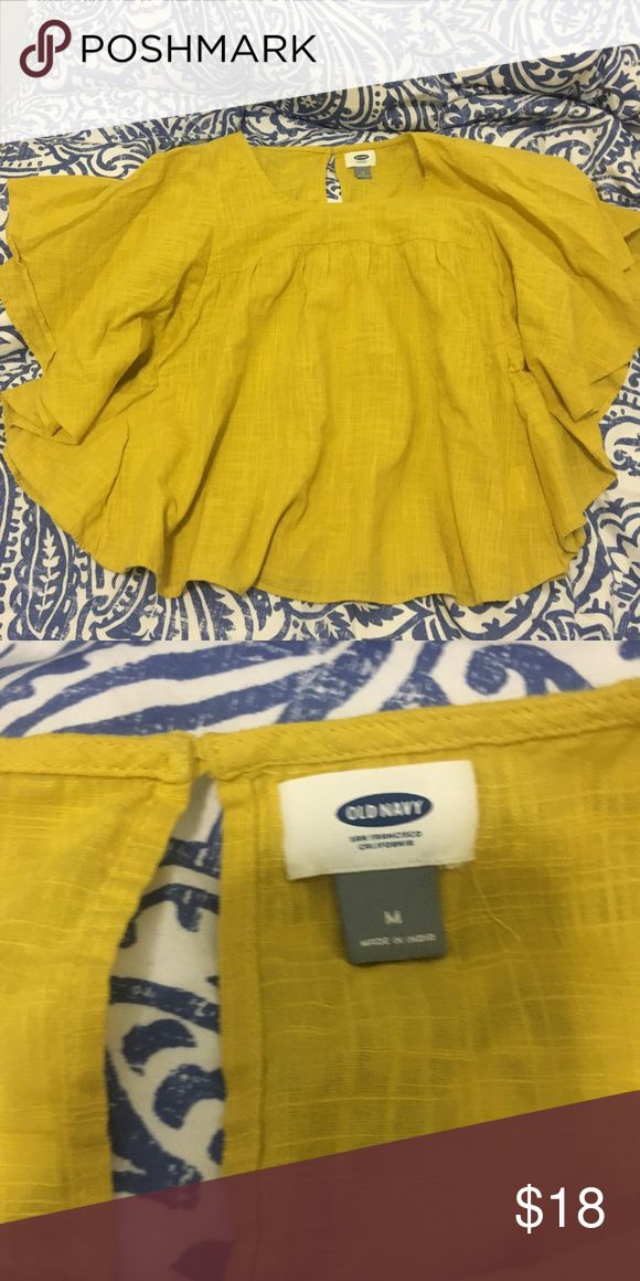 OLD NAVY BATWING TOP SÚPER FLOWY AND COMFY. PERFECT FOR SPRING AND SUMMER Old Navy Tops