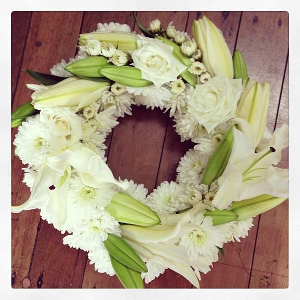 White Wreath.. White Rose White Oriental Lily White Chrysanthemum.. Wedding.. Table Centre.. Funeral