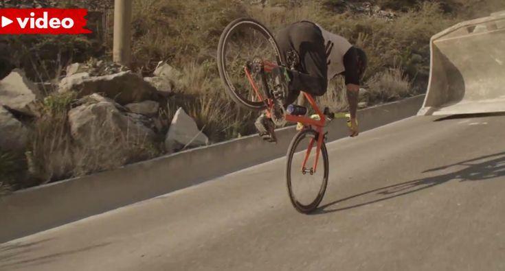 Vittorio Brumotti Impressiona No Freestyle Com Uma Bicicleta De Estrada