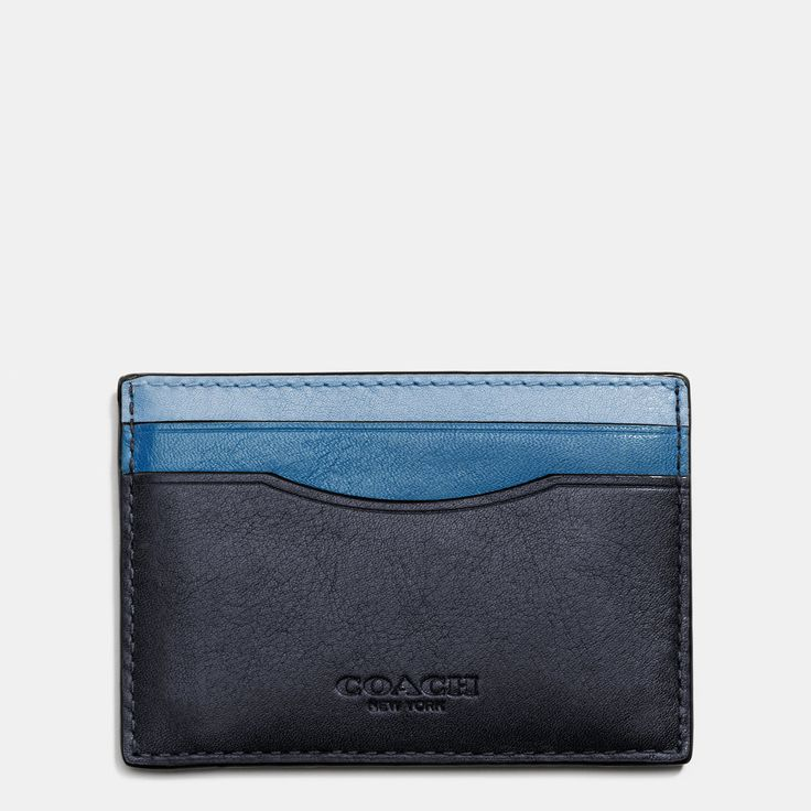 This week on The LongLyst, we had a dig to discover some of the gifts that our early-bird holiday shoppers have been searching for on Lyst since August. While gents wallets are going off the boil according to our data, money clips are in heavy demand, with as many searches and a high projection for the month of December—which means it's what all your man-friends probably want for Christmas. Shop our edit. Photo: @Shinola Instagram #Gifts #ForHim