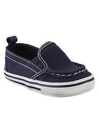 Oh baby shoes! | Gap