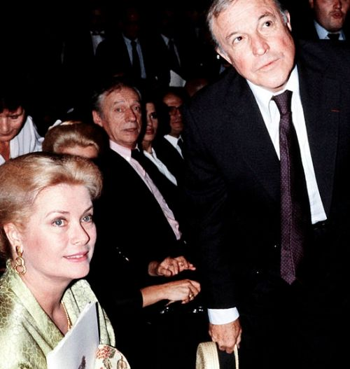 Two Kellys of Hollywood: Grace and Gene.