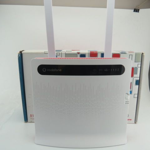 ==> [Free Shipping] Buy Best VODAFONE LTE B1000 WIRELESS ROUTER / HUAWEI B390S-2 -WLAN4x LAN2pcs 4g antenna Online with LOWEST Price   32776443781