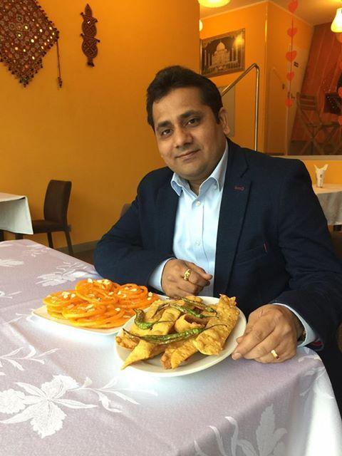 """Who want to eat """" Fafda & Jalebi """" ? 😊 @ Mr India :) http://www.mrindia.pl/"""